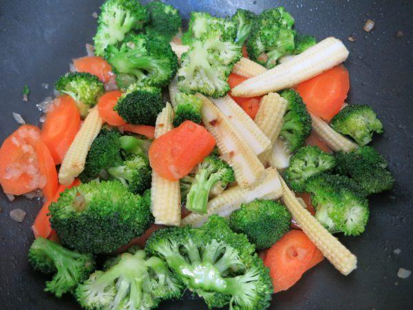 Wokgemüse für Orientalische Hühnchenpfanne