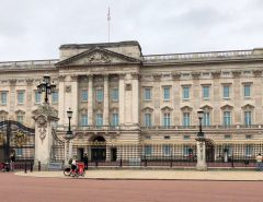 Buckingham Palace leer während des Lockdowns in London